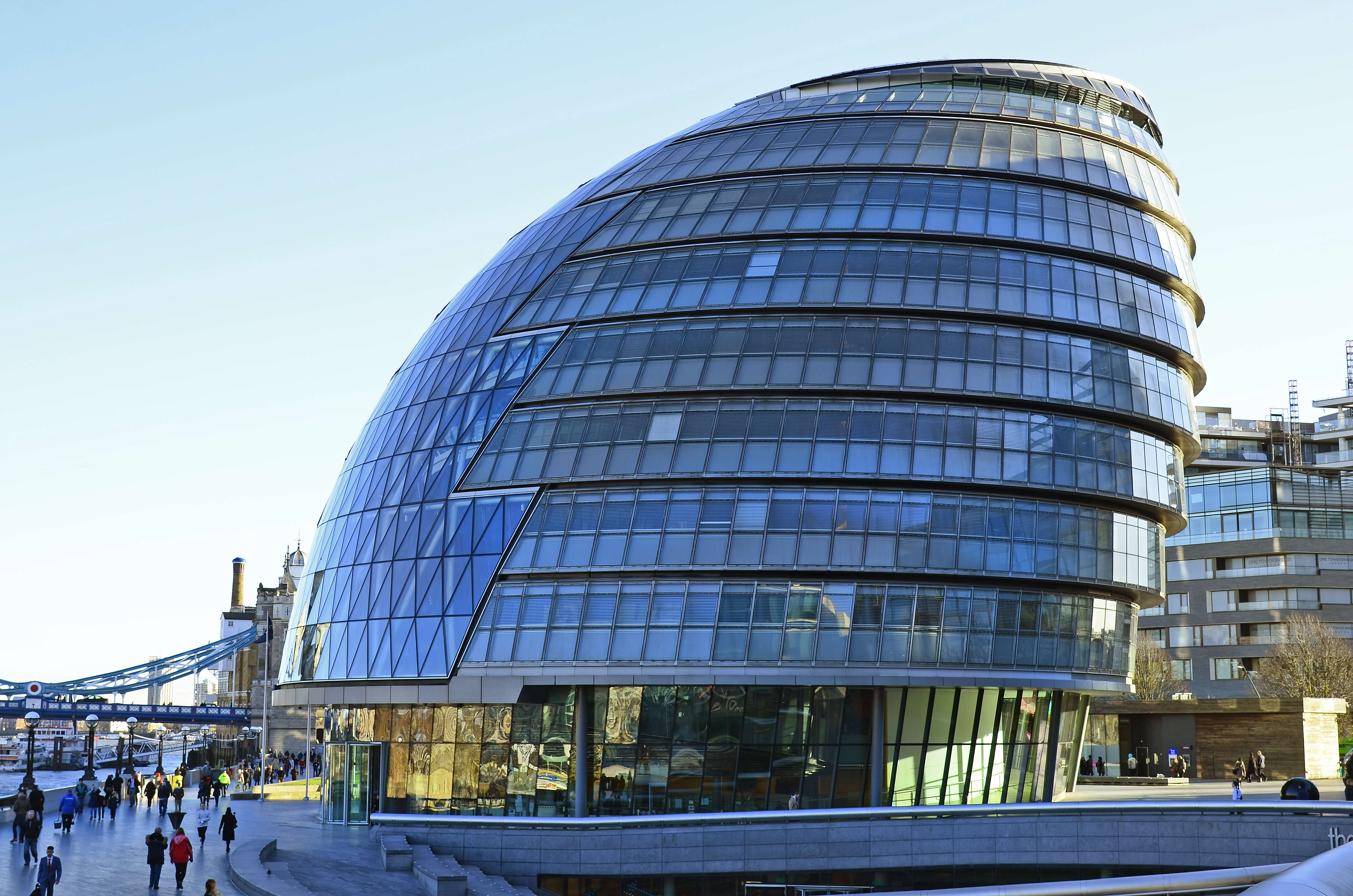 Modern Architecture – London - Building and Land ...